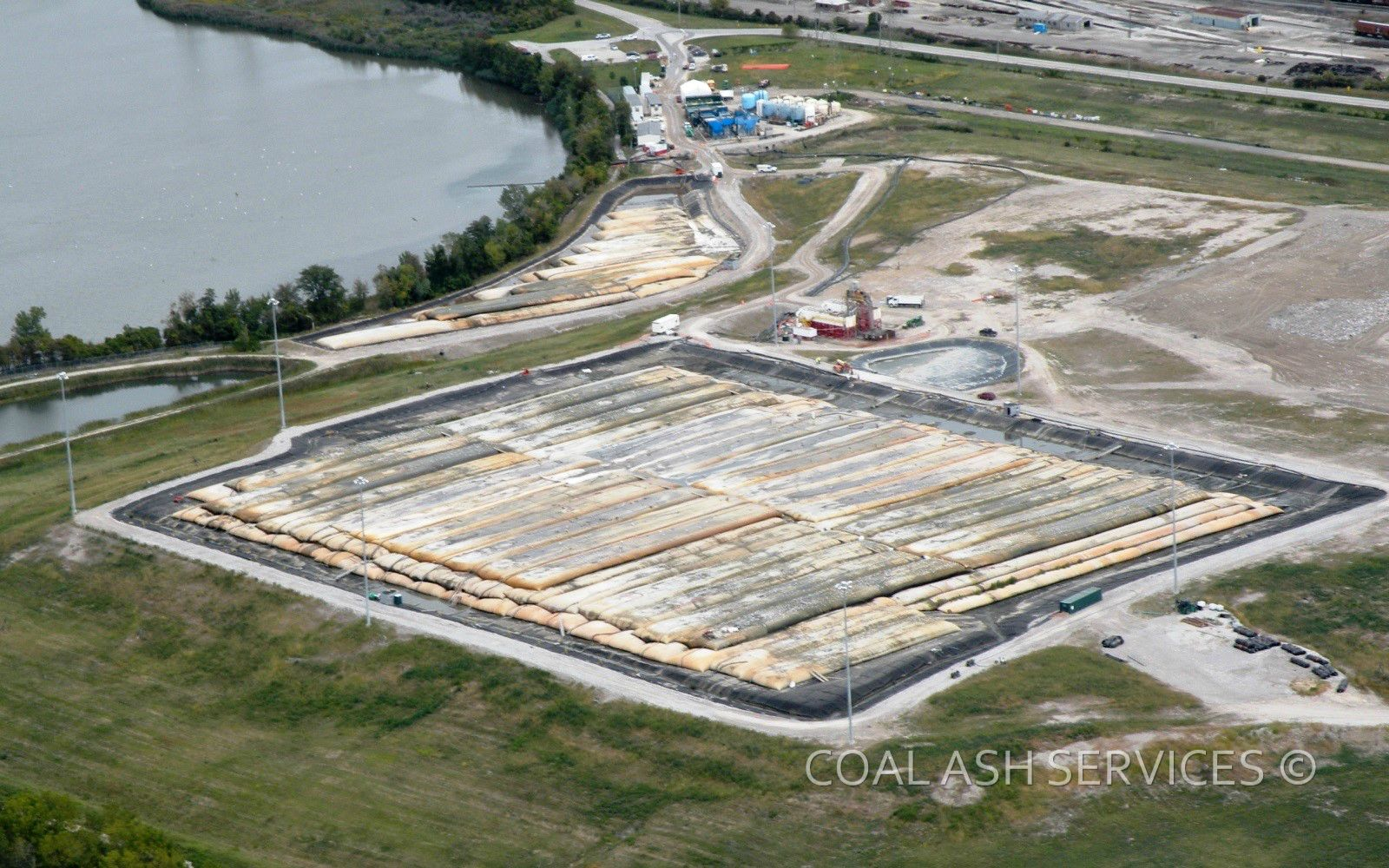 Aerial view of in-landfill dewatering and water treatment operations